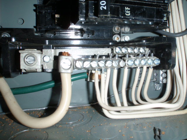 ... Aluminum wiring is common in mobile homes built during the Vietnam War years. Copper was : aluminum wiring in home - yogabreezes.com